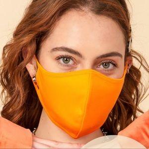Orange face mask🧡